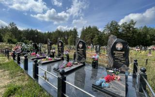 Фото семейного захоронения на 4 памятника